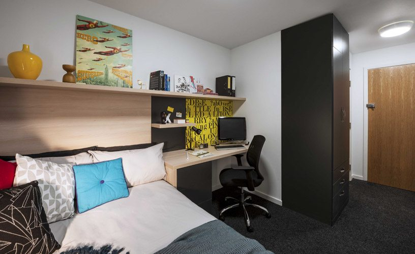 Shared Apartments. The Railyard  Cambridge   Downing Students