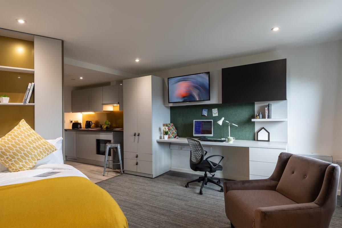 West View Studio Apartment Platinum