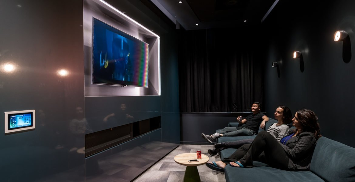 Verde cinema room