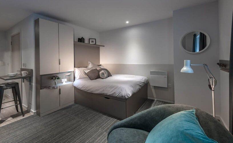 Verde Studio Apartment Platinum